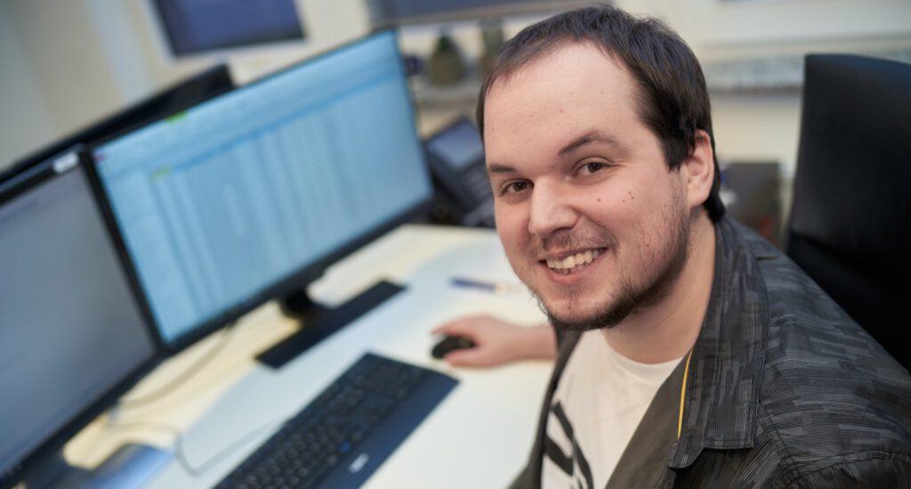 Stephen Williamson Drews Electronic